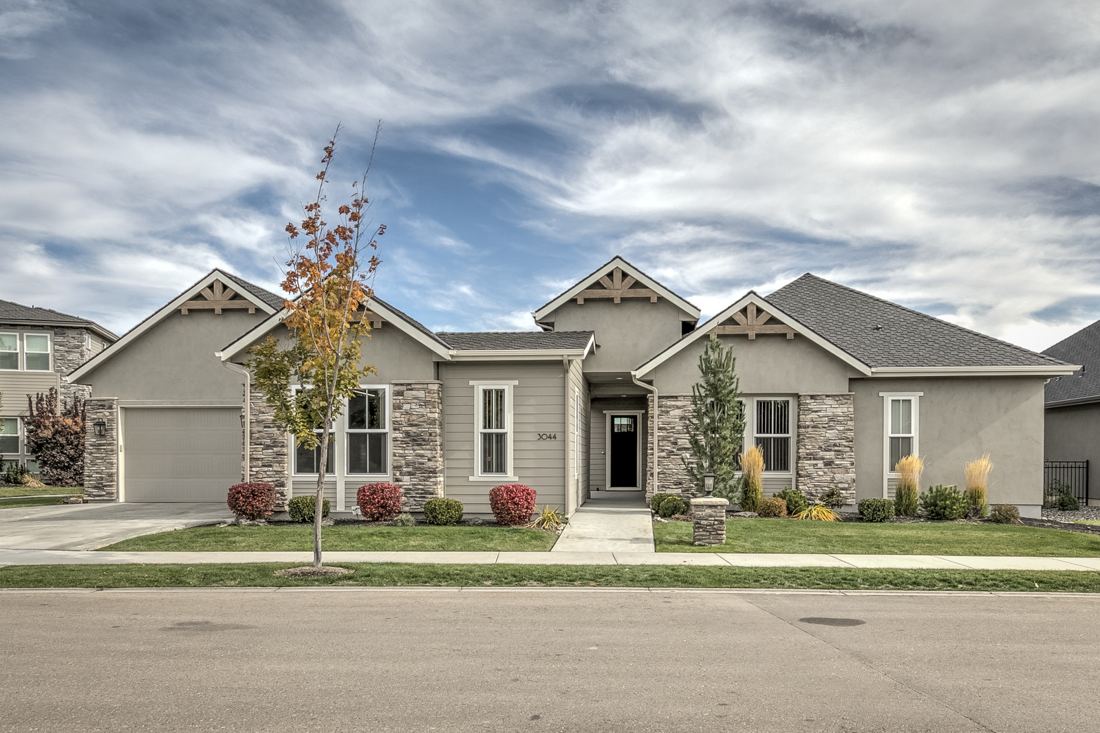 Eagle Idaho Home for Sale at Lakemoor