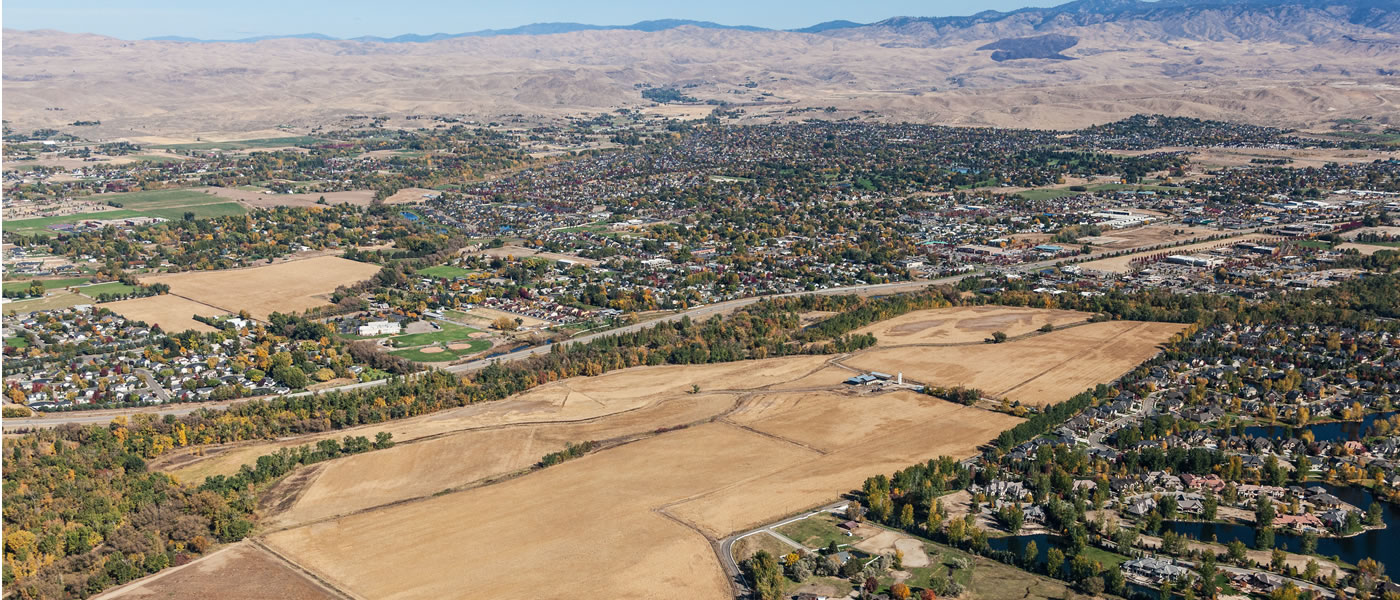 Mace River Ranch in Eagle Idaho aerial view